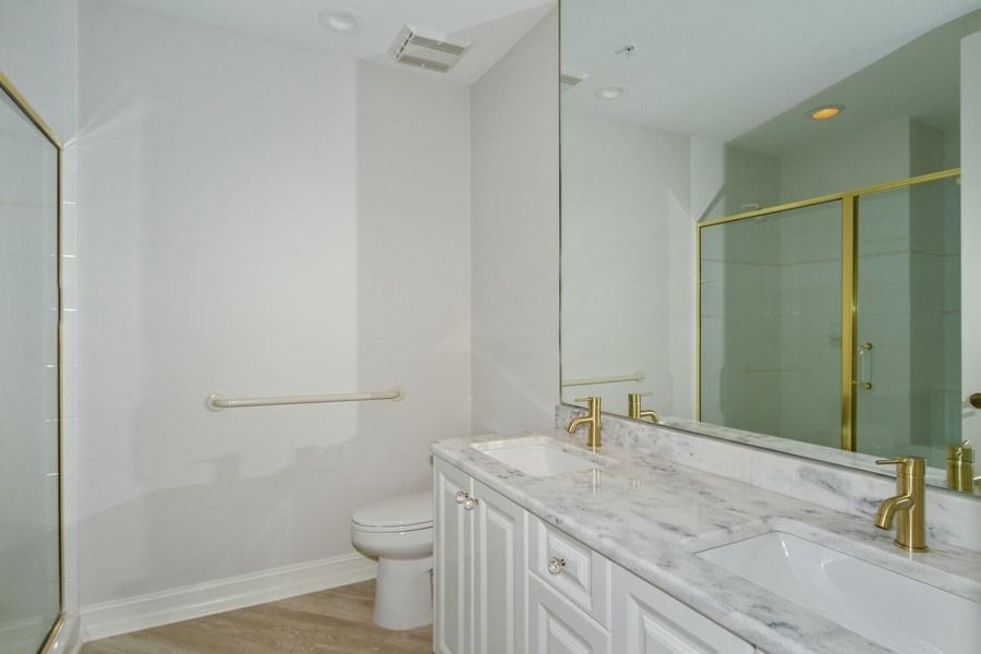 Real Estate Photography - 4811 ISLAND POND CT #704, Bonita Springs, FL, 34134 - 2nd Bathroom