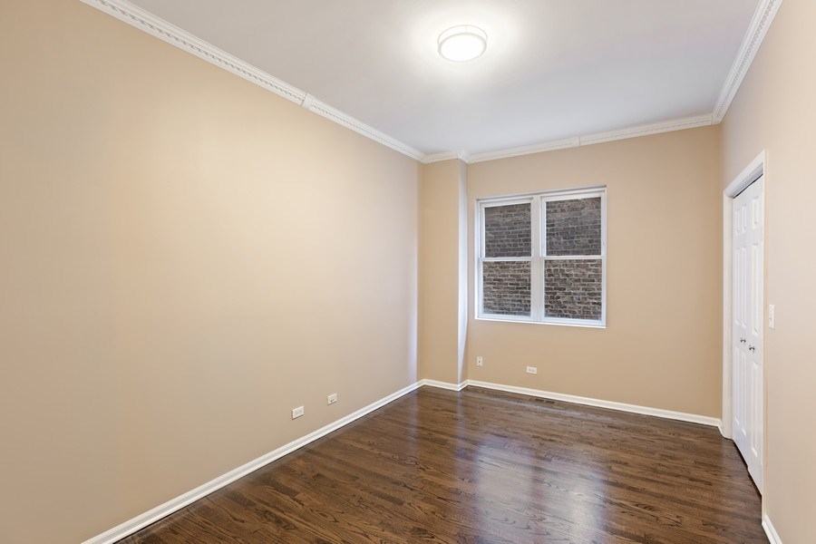 Real Estate Photography - 4431 S Calumet, 1N, Chicago, IL, 60653 - Bedroom