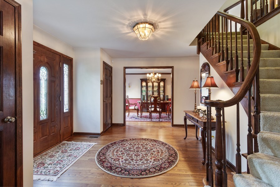 Real Estate Photography - 2250 Charter Point, Arlington Heights, IL, 60004 - Foyer/Dining Room