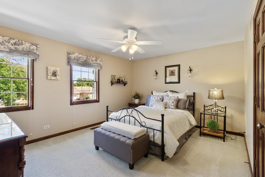 Real Estate Photography - 2250 Charter Point, Arlington Heights, IL, 60004 - 2nd Bedroom