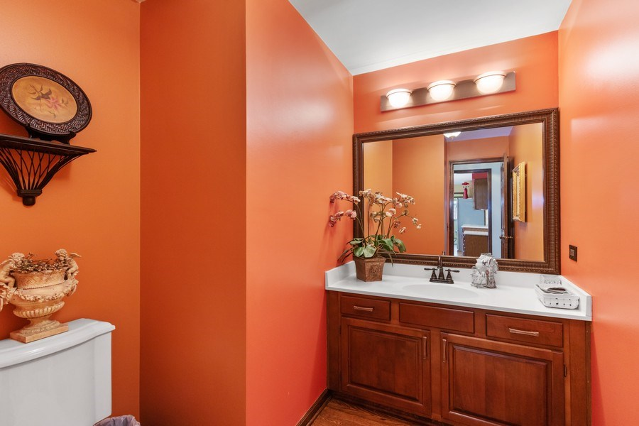 Real Estate Photography - 2250 Charter Point, Arlington Heights, IL, 60004 - Powder Room