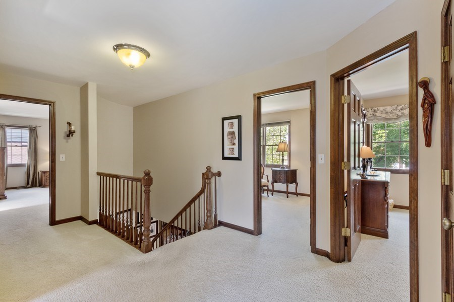 Real Estate Photography - 2250 Charter Point, Arlington Heights, IL, 60004 - Hallway