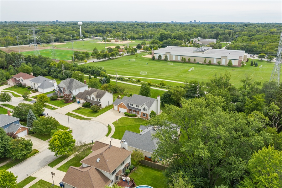 Real Estate Photography - 22W155 Glenrise Ct, Glen Ellyn, IL, 60137 - Aerial View