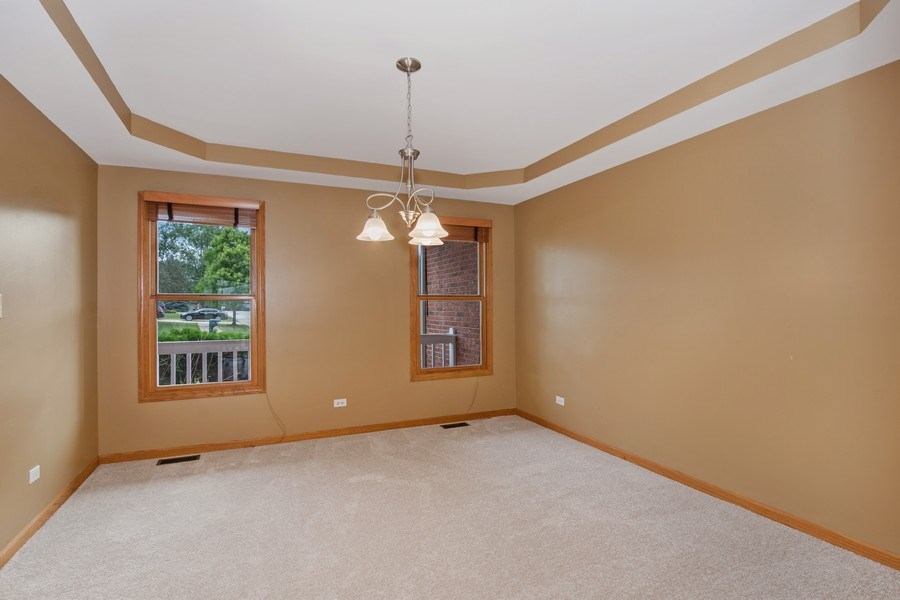 Real Estate Photography - 22W155 Glenrise Ct, Glen Ellyn, IL, 60137 - Dining Room