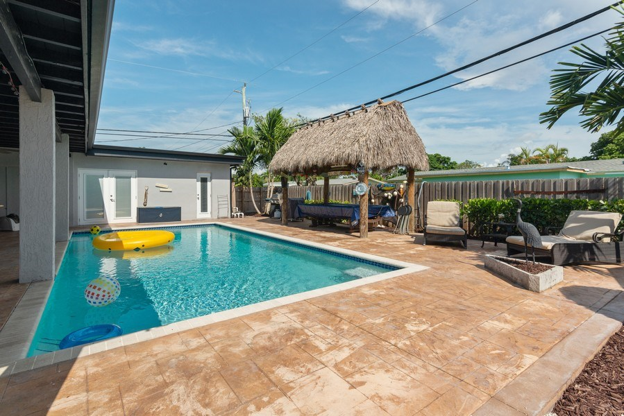 Real Estate Photography - 9305 SW 179th Terrace, Palmetto Bay, FL, 33157 - Pool