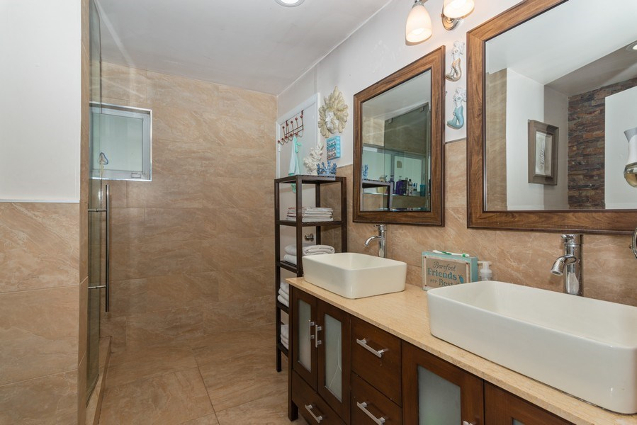 Real Estate Photography - 9305 SW 179th Terrace, Palmetto Bay, FL, 33157 - 2nd Bathroom