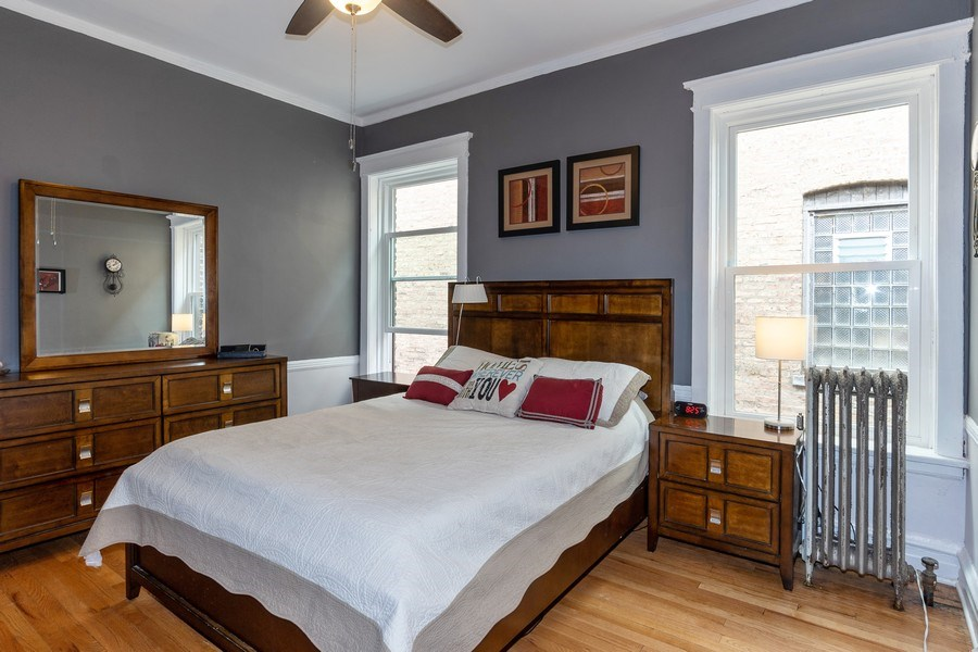 Real Estate Photography - 932 W Margate Ter, Unit 3W, Chicago, IL, 60640 - Master Bedroom