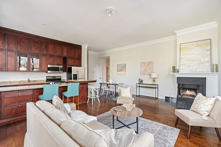 Real Estate Photography - 2512 N. Bosworth, #203, Chicago, IL, 60614 - Living Room