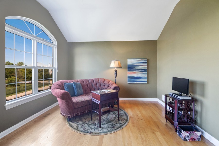 Real Estate Photography - 1588 Independance Ave, Glenview, IL, 60026 - Sitting Room