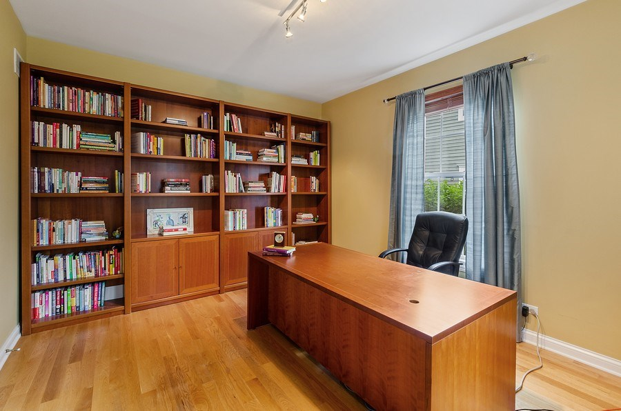 Real Estate Photography - 1588 Independance Ave, Glenview, IL, 60026 - Office
