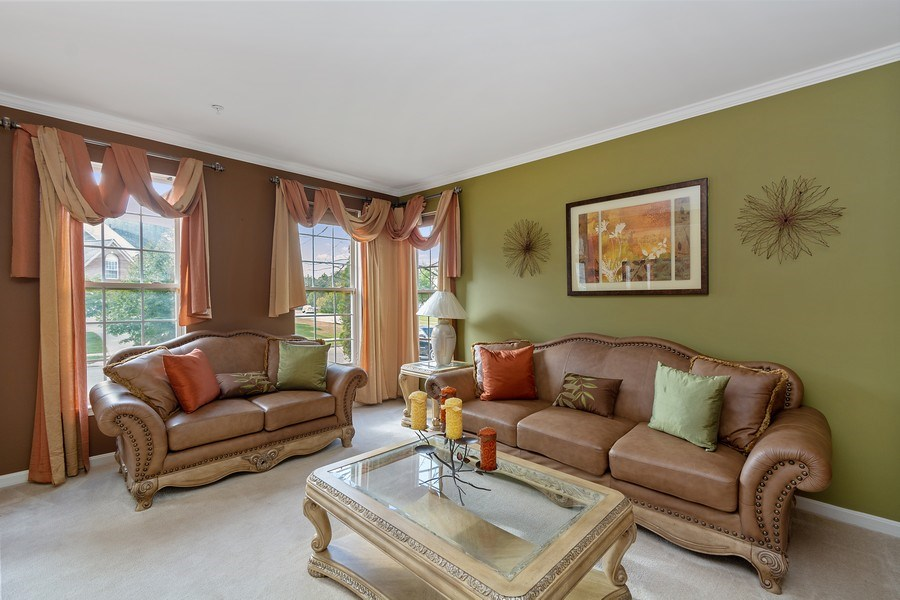 Real Estate Photography - 6602 Manton Way, Lanham, MD, 20706 - Living Room