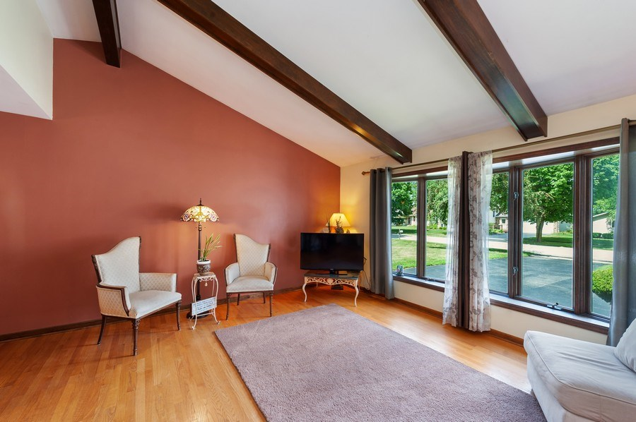 Real Estate Photography - 543 Norman Dr, Cary, IL, 60013 - Living room