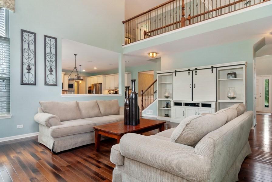 Real Estate Photography - 1225 Verona Ridge Drive, Aurora, IL, 60506 - Family Room