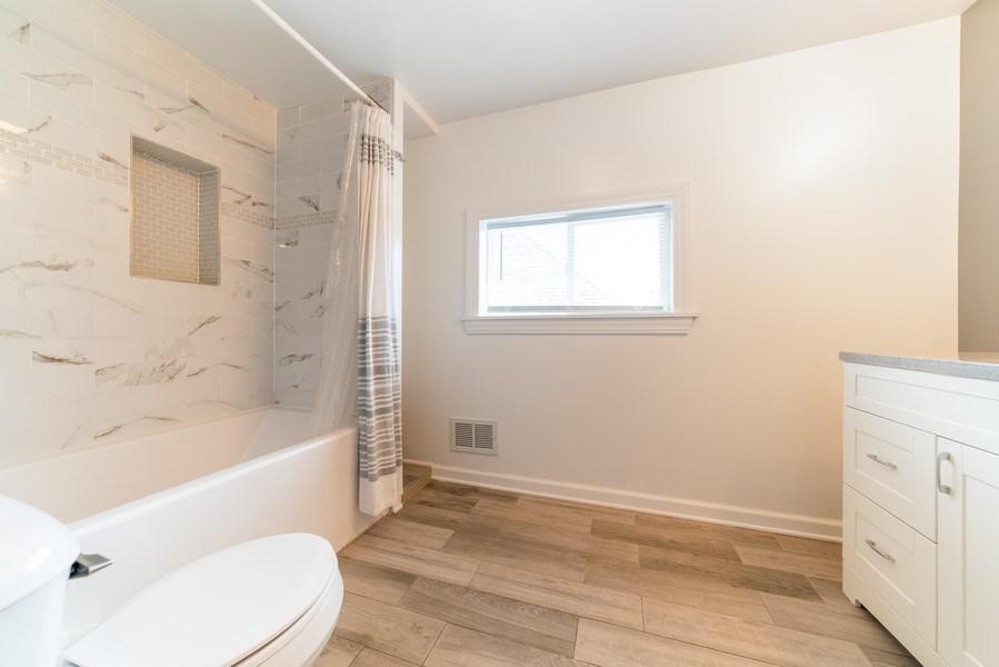 Real Estate Photography - 1139 Superior St, Aurora, IL, 60505 - Master Bathroom
