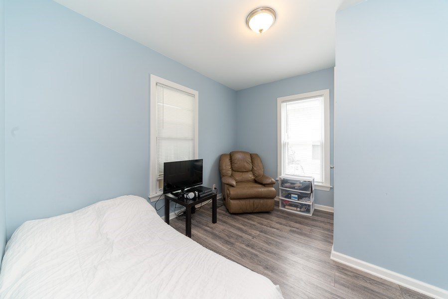 Real Estate Photography - 1139 Superior St, Aurora, IL, 60505 - 4th Bedroom