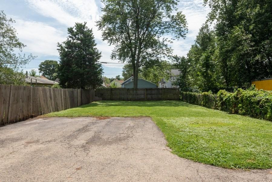 Real Estate Photography - 1139 Superior St, Aurora, IL, 60505 - Back Yard