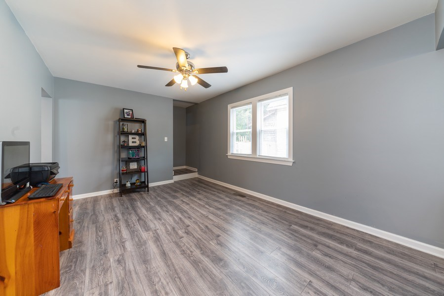 Real Estate Photography - 1139 Superior St, Aurora, IL, 60505 - Family Room