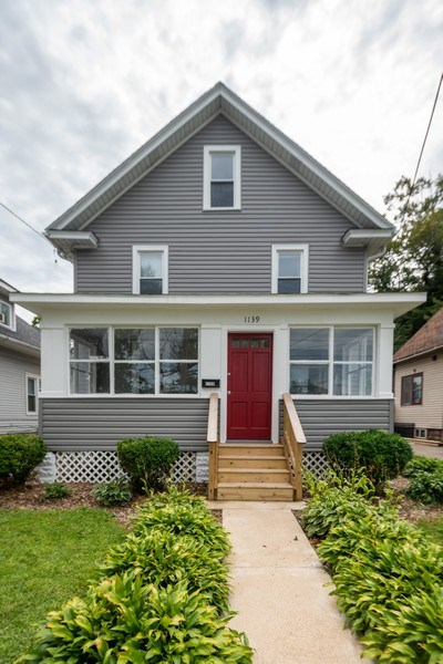 Real Estate Photography - 1139 Superior St, Aurora, IL, 60505 - Front View
