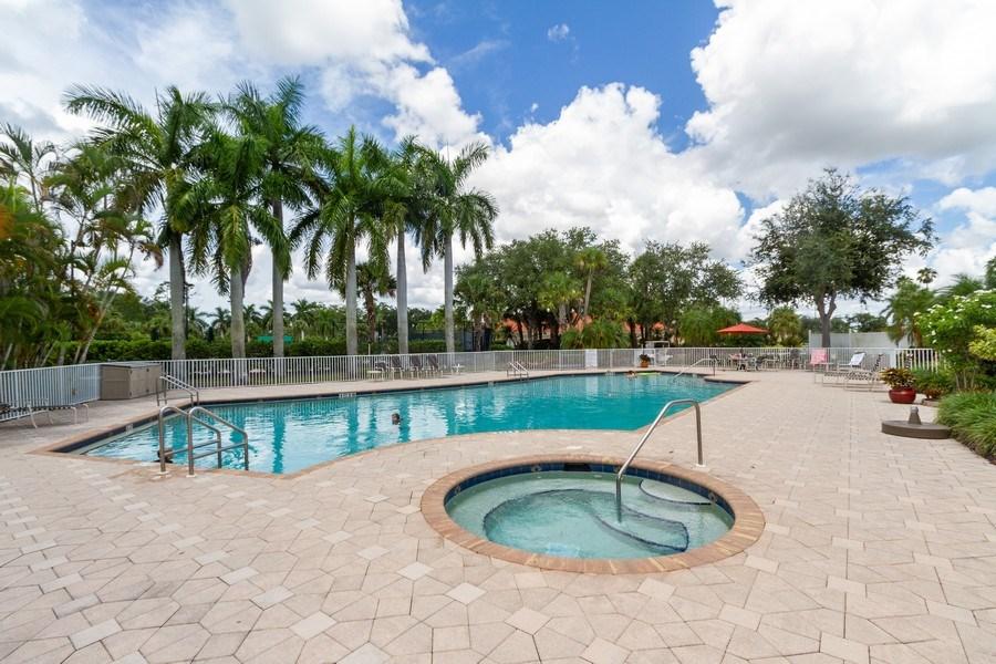 Real Estate Photography - 5075 Castlerock Way, Naples, FL, 34112 - Outdoor Pool