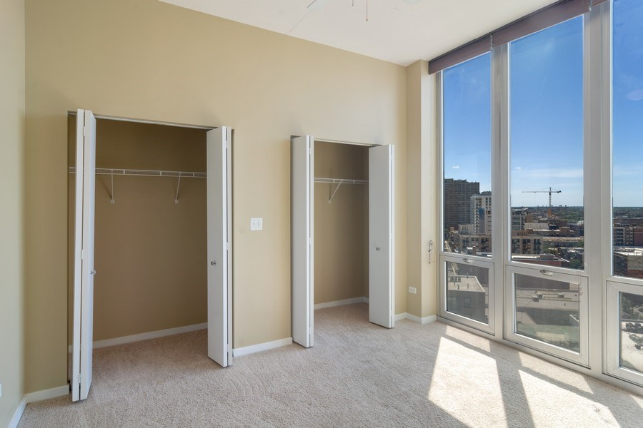 Real Estate Photography - 1600 S Indiana Ave #1401, Chicago, IL, 60616 - Bedroom
