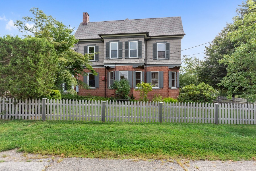 Real Estate Photography - 246 Main St, Cold Spring, NY, 10516 - Side View