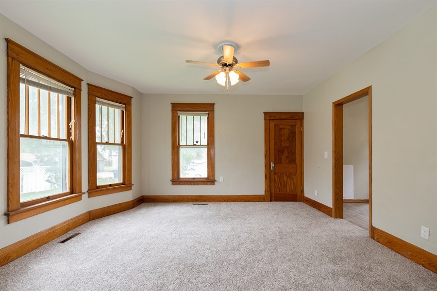 Real Estate Photography - 412 W CHESTNUT ST, JUNCTION CITY, KS, 66441 -