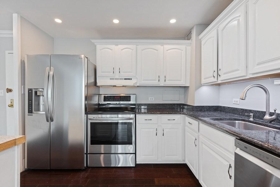 Real Estate Photography - 3600 N. Lake Shore Drive, Unit 1608, Chicago, IL, 60613 - Kitchen