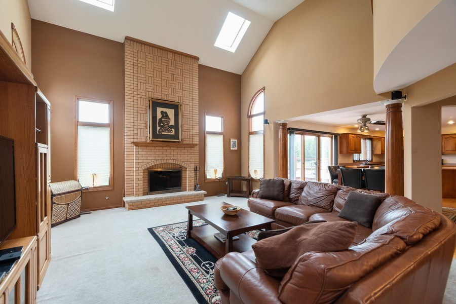 Real Estate Photography - 21212 Georgetown Road, Frankfort, IL, 60423 - Family Room