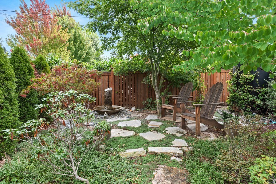 Real Estate Photography - 4207 S. Willow St, Seattle, WA, 98118 - Front Yard