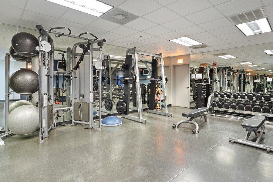 Real Estate Photography - 500 w superior, #1609, chicago, IL, 60654 - Gym