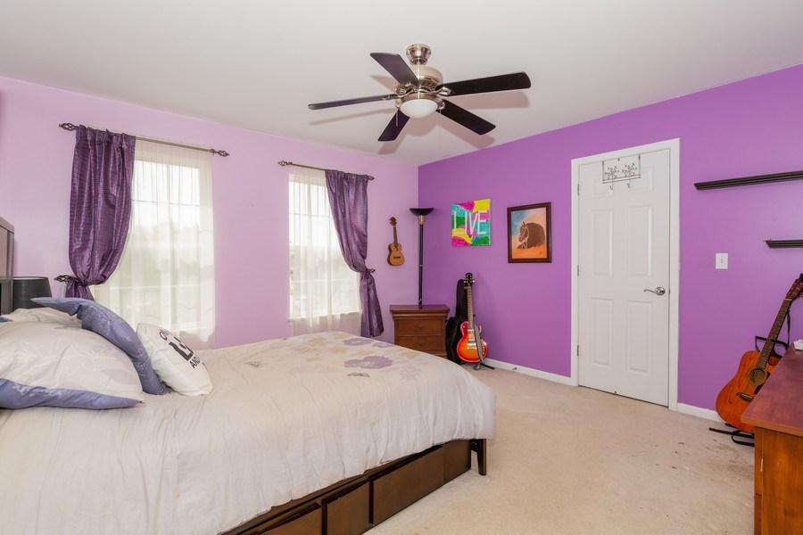 Real Estate Photography - 1500 Gander Ct, Crystal Lake, IL, 60014 - 2nd Bedroom