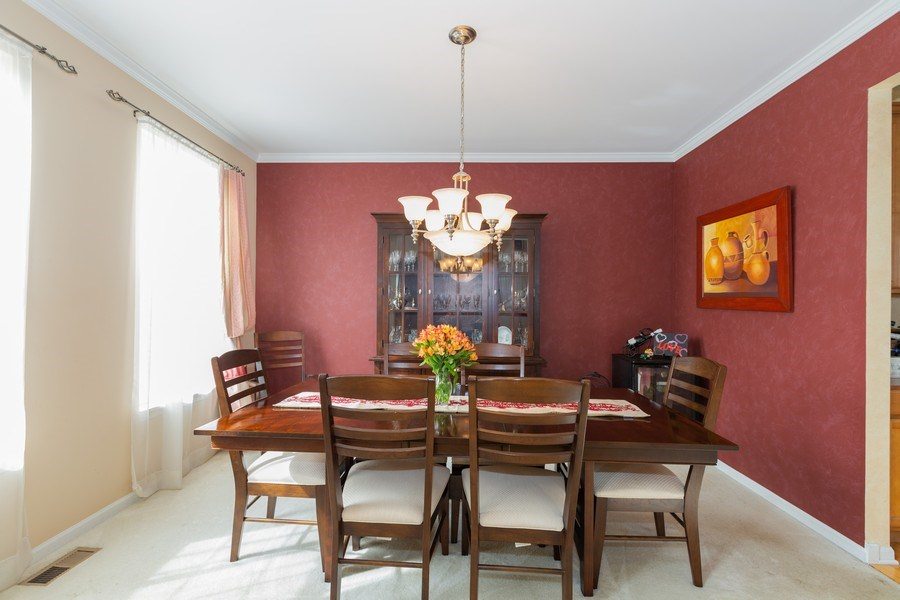 Real Estate Photography - 1500 Gander Ct, Crystal Lake, IL, 60014 - Dining Room