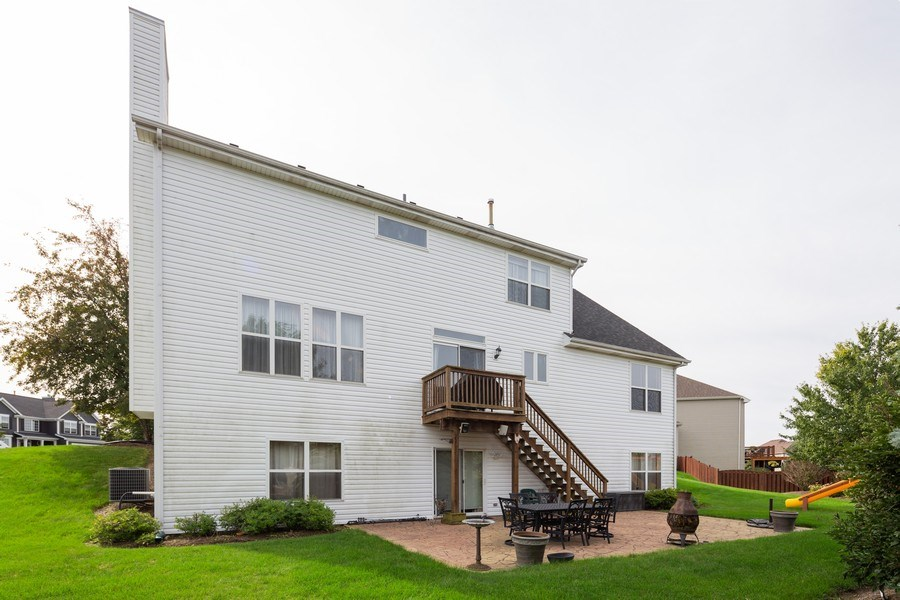 Real Estate Photography - 1500 Gander Ct, Crystal Lake, IL, 60014 - Rear View