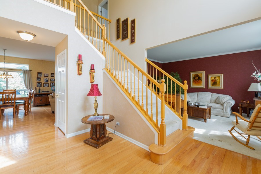 Real Estate Photography - 1500 Gander Ct, Crystal Lake, IL, 60014 - Staircase