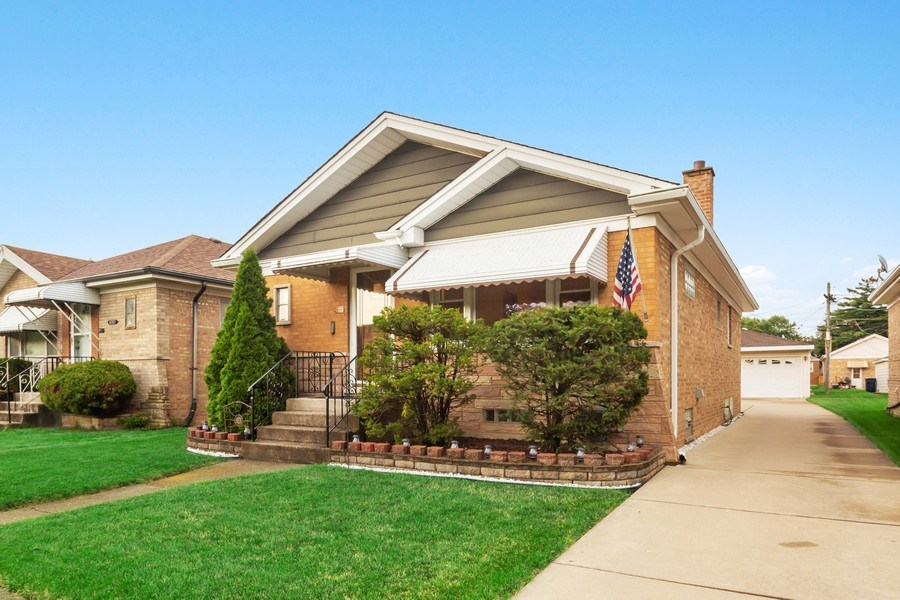 Real Estate Photography - 4303 Maple Ave, Stickney, IL, 60402 - Side View