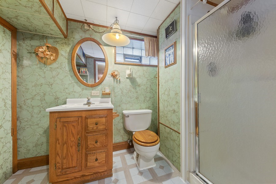 Real Estate Photography - 4303 Maple Ave, Stickney, IL, 60402 - Bathroom