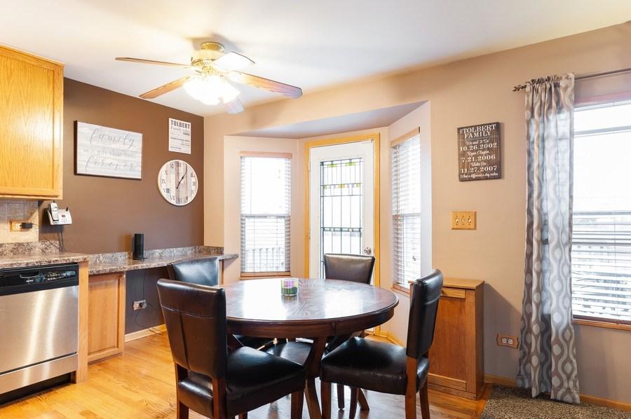 Real Estate Photography - 1224 Sun Lake Court, Lake Villa, IL, 60046 - Breakfast Area