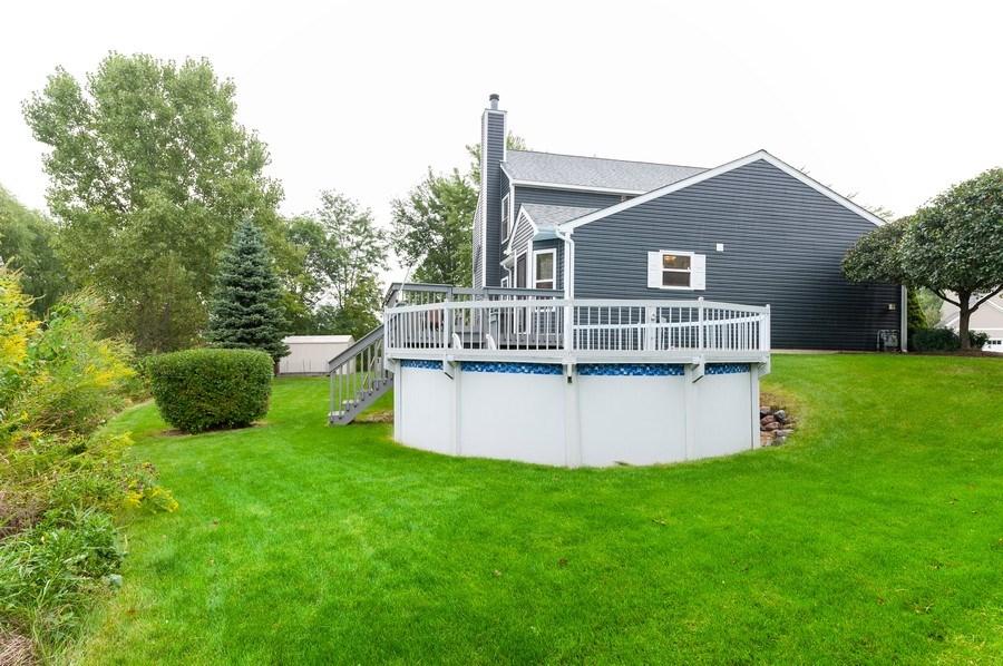 Real Estate Photography - 1224 Sun Lake Court, Lake Villa, IL, 60046 - Rear View