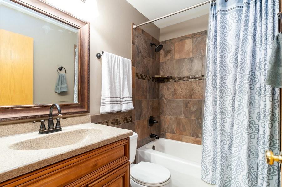 Real Estate Photography - 1224 Sun Lake Court, Lake Villa, IL, 60046 - Bathroom