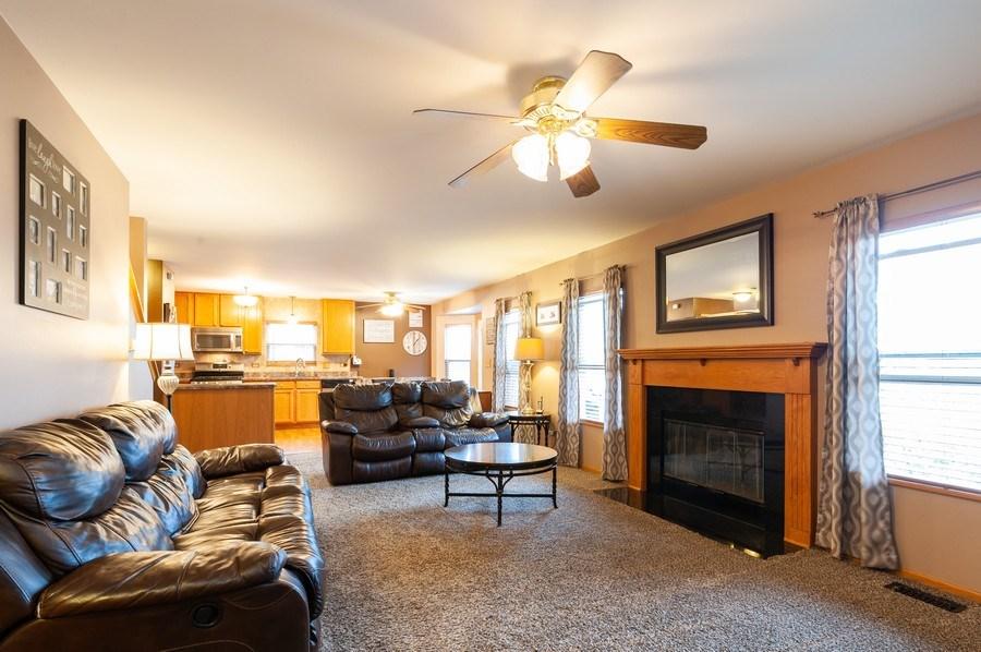 Real Estate Photography - 1224 Sun Lake Court, Lake Villa, IL, 60046 - Family Room / Kitchen