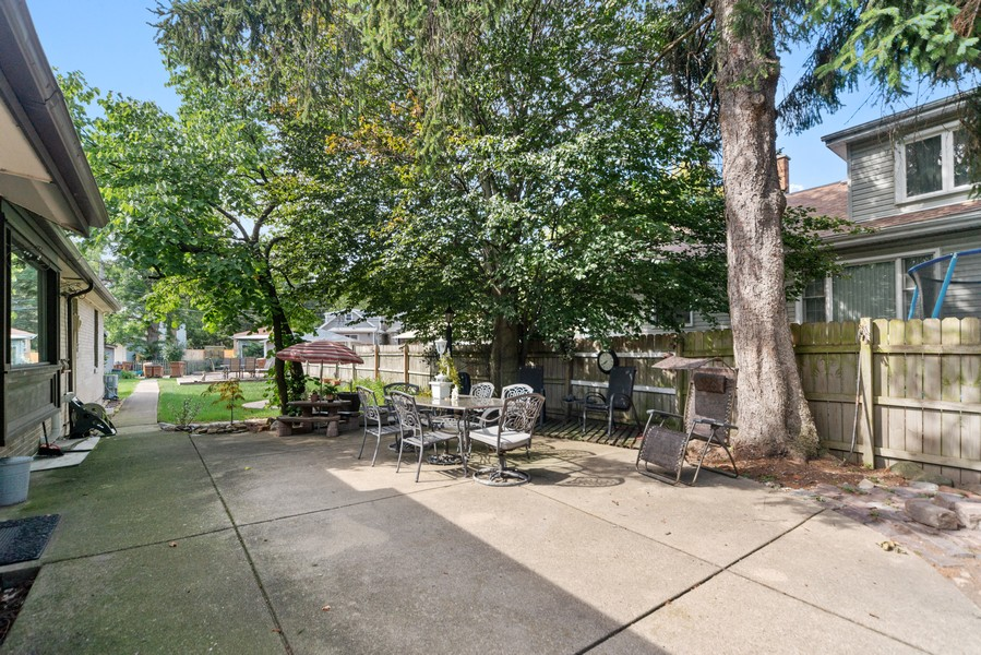 Real Estate Photography - 2800 Forest Ave, River Grove, IL, 60171 - Patio