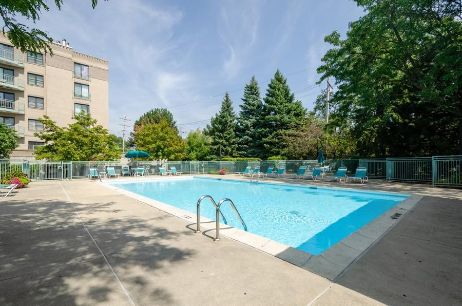 Real Estate Photography - 4757 W Howard, Unit 207, Skokie, IL, 60077 - Pool