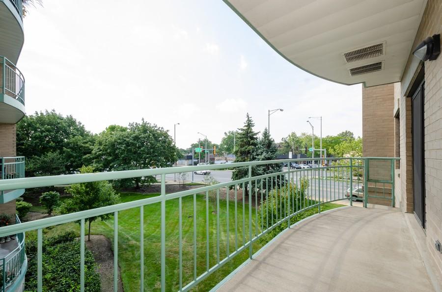 Real Estate Photography - 4757 W Howard, Unit 207, Skokie, IL, 60077 - Balcony