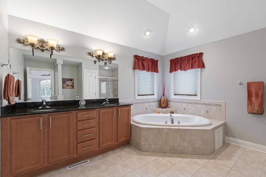 Real Estate Photography - 702 N.Morrision, Palatine, IL, 60067 - Master Bathroom