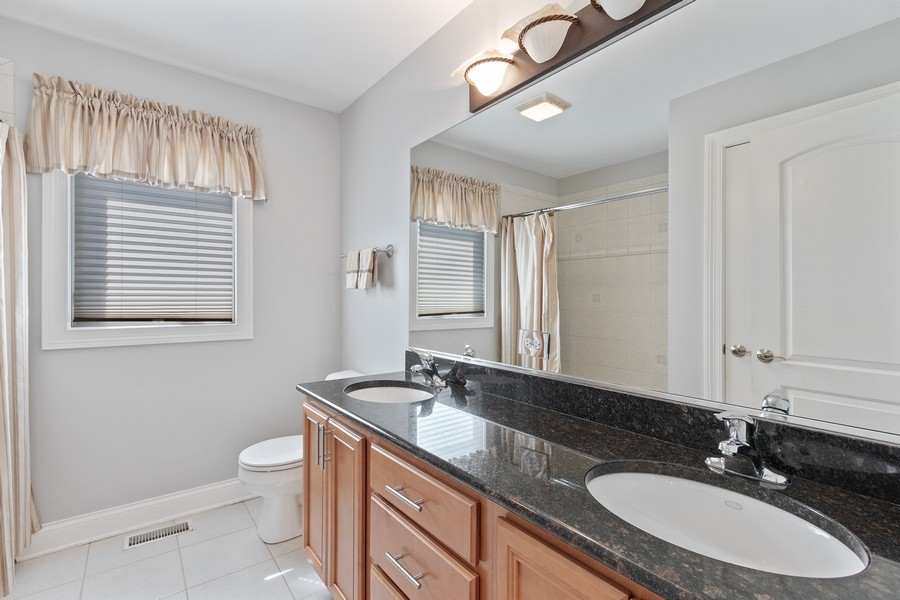 Real Estate Photography - 702 N.Morrision, Palatine, IL, 60067 - 2nd Bathroom