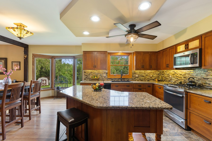Real Estate Photography - 7350 Great Hill Rd, Crystal Lake, IL, 60012 - Kitchen