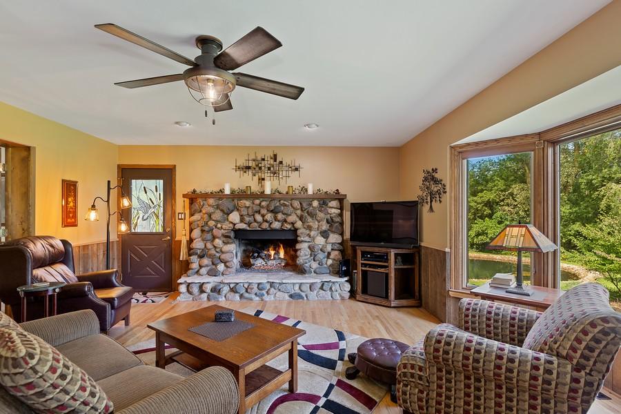 Real Estate Photography - 7350 Great Hill Rd, Crystal Lake, IL, 60012 - Family Room