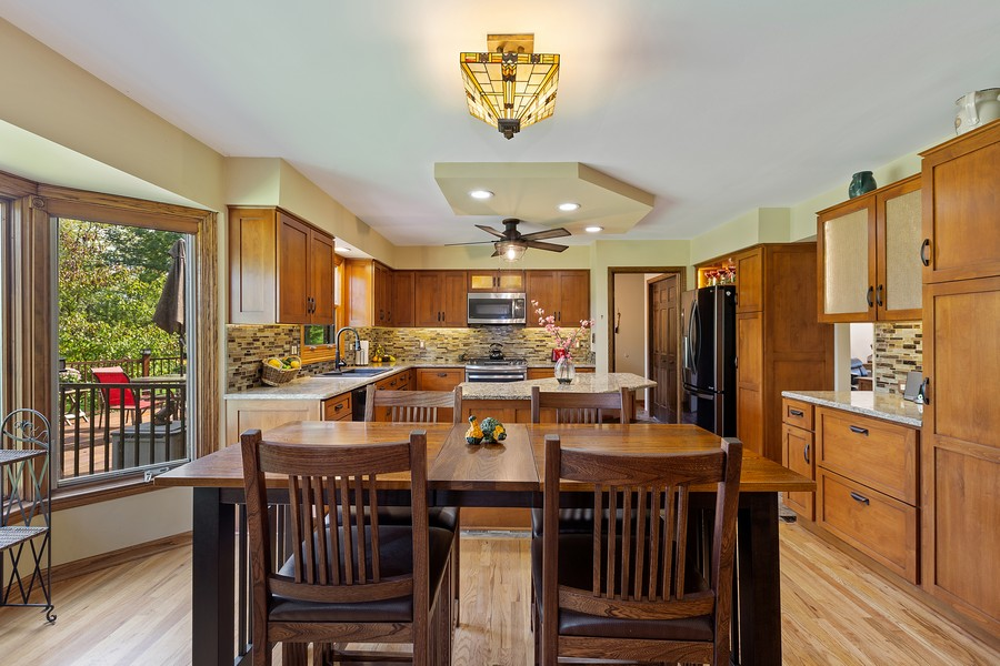 Real Estate Photography - 7350 Great Hill Rd, Crystal Lake, IL, 60012 - Breakfast Area