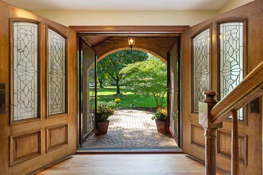 Real Estate Photography - 7350 Great Hill Rd, Crystal Lake, IL, 60012 - Entryway