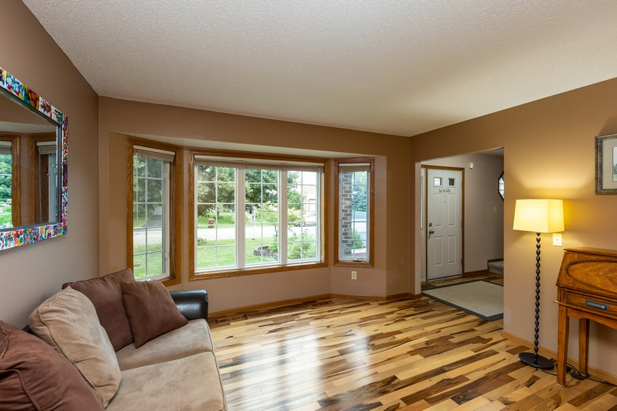 Real Estate Photography - 7273 Jordon Ave S, Cottage Grove, MN, 55016 - Great room